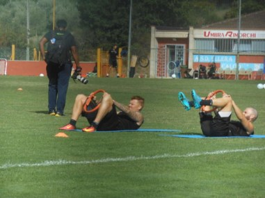 """Un campione del mondo a Ellera: Materazzi e il """"suo"""" Chennaiyin si allenano allo stadio """"Fioroni"""" 22"""