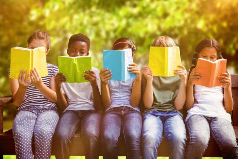 A San Mariano letture per bambini all'aria aperta