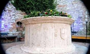 """Domenica negli """"Orti Fioriti"""" del borgo di Corciano, ecco il programma"""