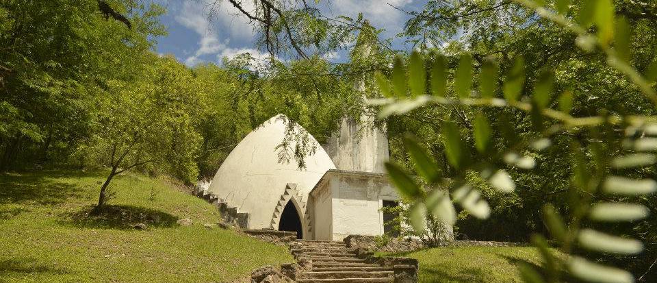 Templo Buffo en Cordona