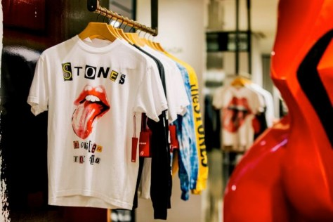White T-shirt with The Stones' tongue logo