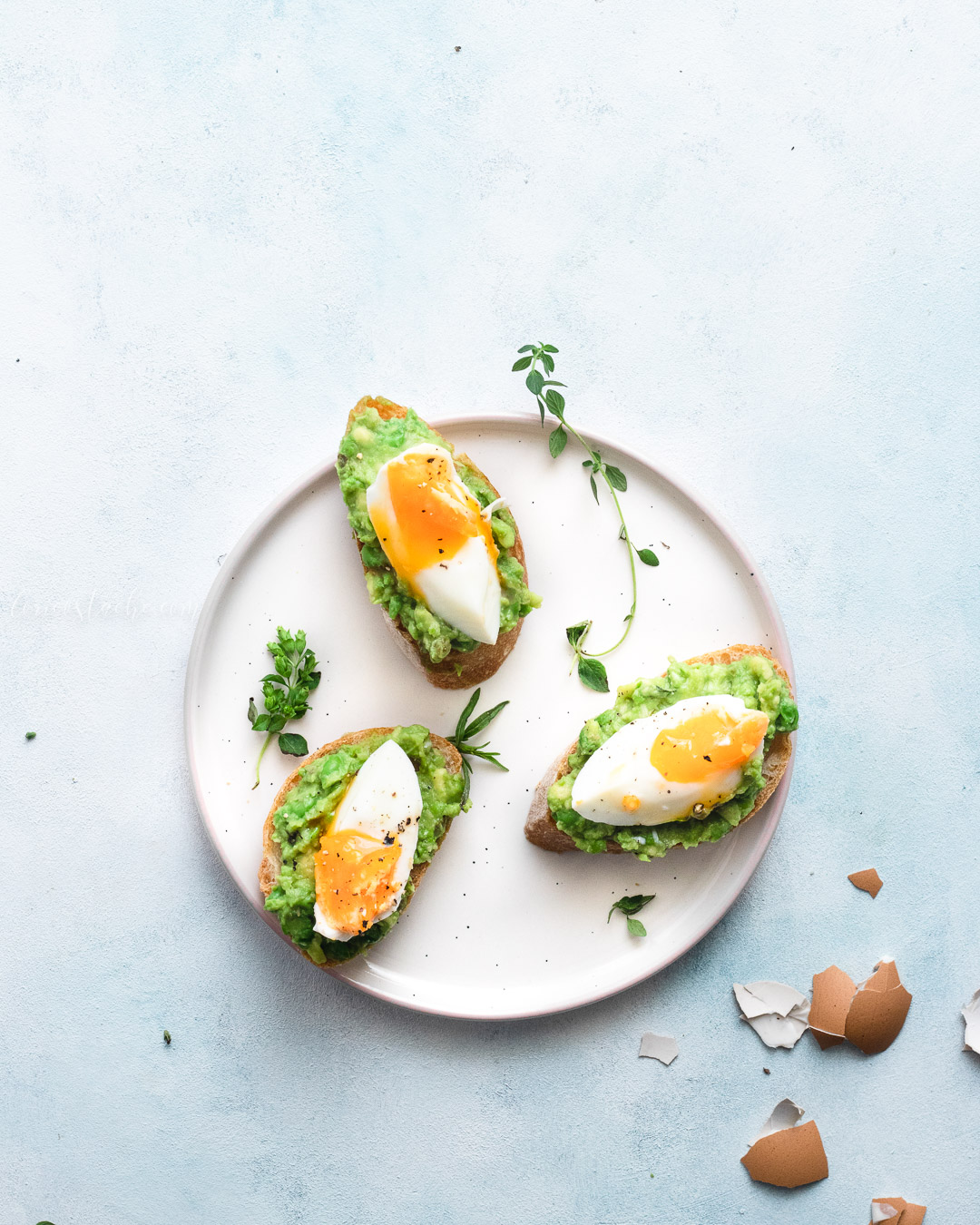 Avocado & Peas Toast With Soft Boiled Eggs