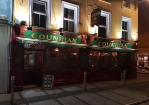 Sign Up & Social Nights at Counihan's Pub