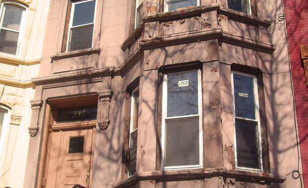 335 bainbridge st brownstone townhouse in bed stuy at Corley Realty Group crg1006