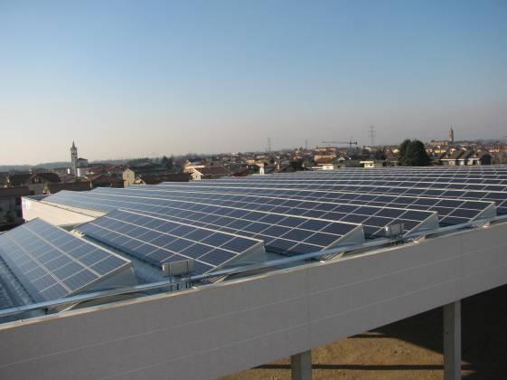 fotografie particolare impianto fotovoltaico