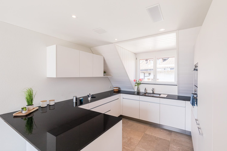 Neubau Mehrfamilienhaus Berikon Küche