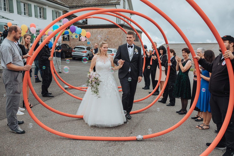 Spalier Auszug Brautpaar Feuerwehr