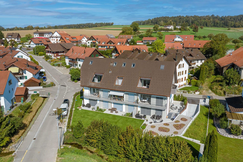 Neubau Mehrfamilienhaus Berikon Luftaufnahme