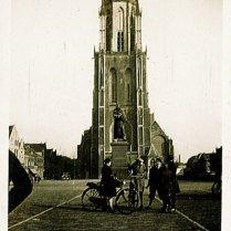 Delft, tijdens verlofjaar in Nederland (1935)