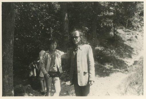 """Met Rutger, vakantie in de Ardennen, 31/7 - 14/8 1971. """"Tijdens onze wandelingen"""""""