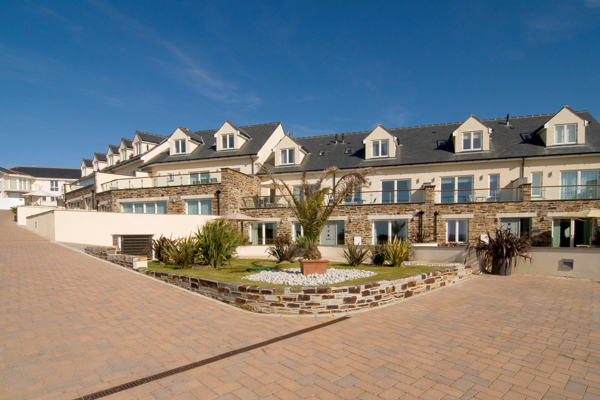 Doyden holiday apartment Cornwall Ocean Blue exterior
