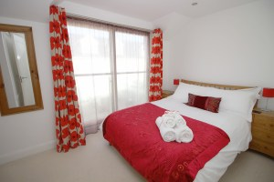 Pentire Ocean Blue holiday apartment bedroom