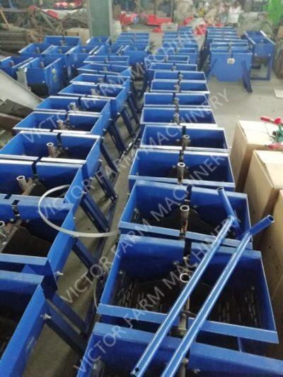 manual peanut sheller factory