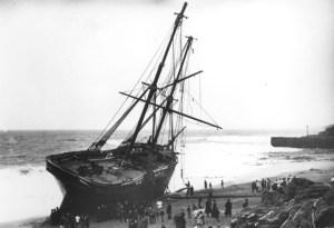 Cviet - Wrecked near Porthleven 1884