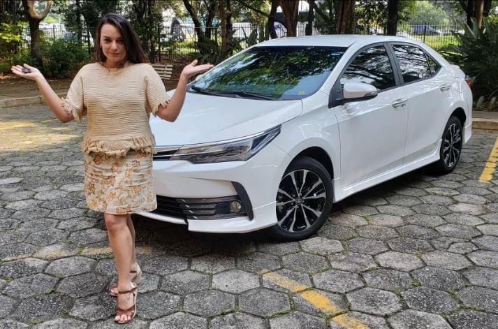 Sedã Toyota Corolla