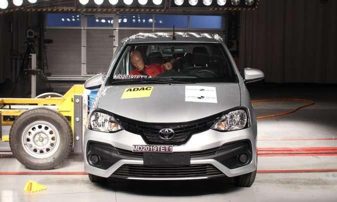 Toyota Etios recebe 4 Estrelas