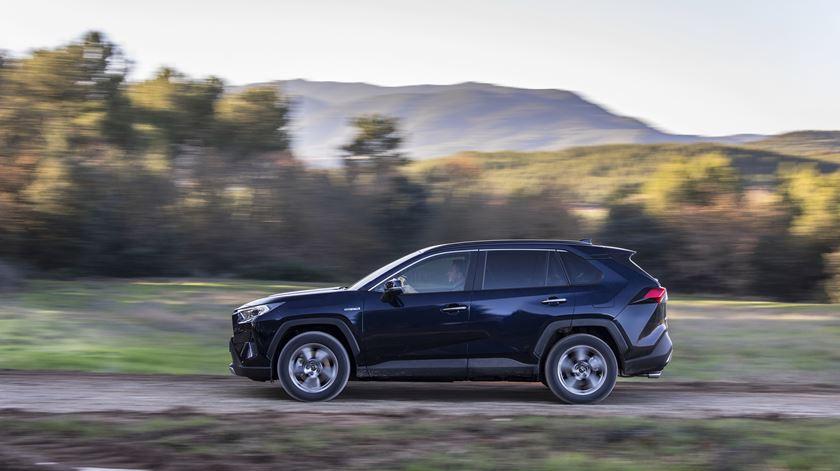 Toyota RAV4: Quinta geração do Veículo Corta o seu Passado
