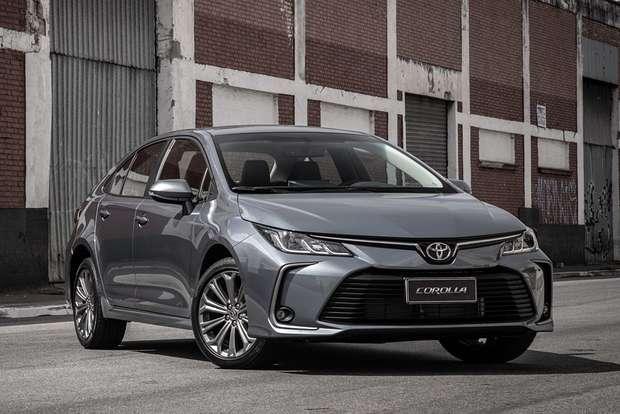Toyota Corolla → Modelo Ganha Prêmio de Carro do Ano