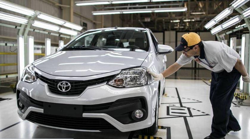 Toyota Etios Sairá de Linha: Corolla Cross Assume o Lugar na Produção