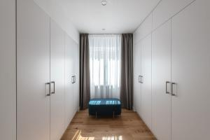 Apartament AL 01 dressing matrimonial