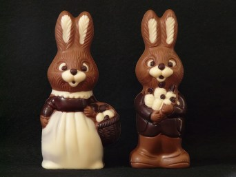 Couple de lapins en chocolat