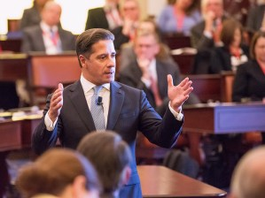 corporate event photographer boston speech photo 503