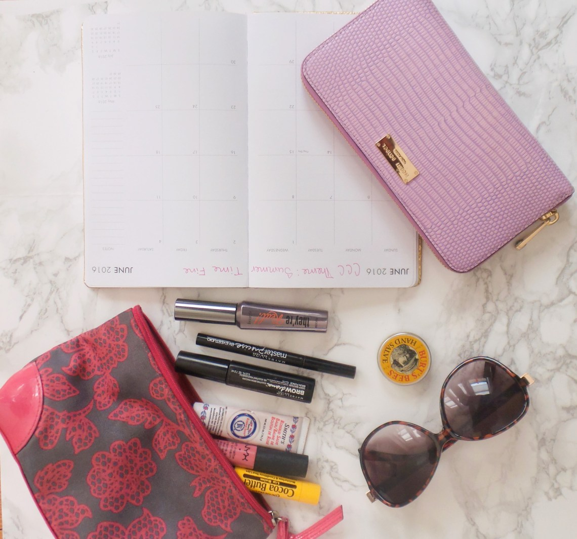 What's In My Mommy Bag? - Corporate In Color