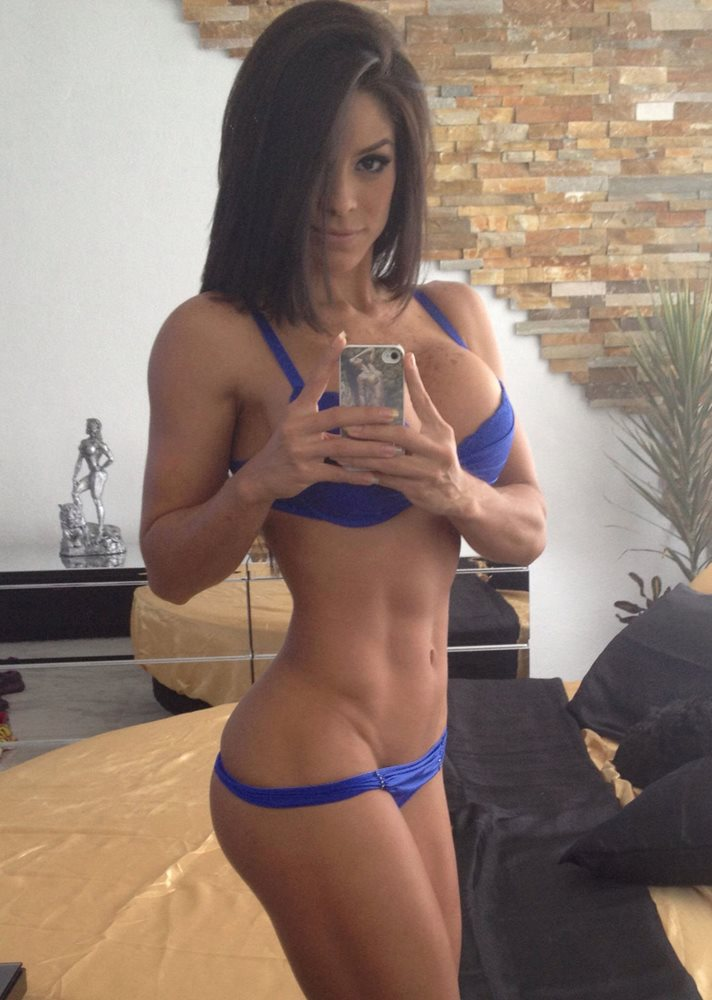 Michelle lewin, fitness model