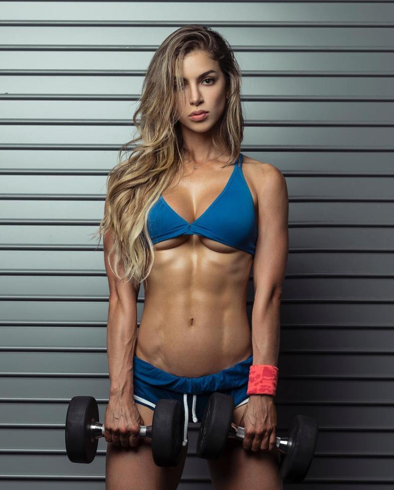 Anllela Sagra, fitness model