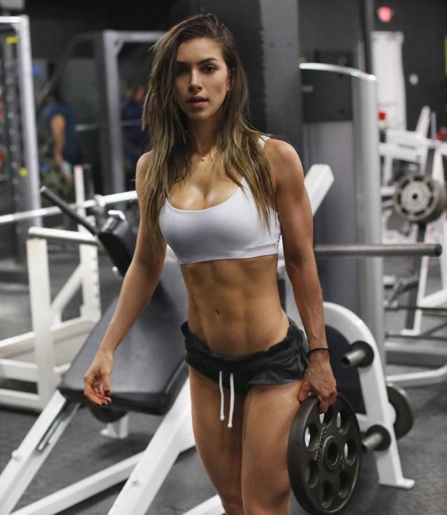 gabriela pugliesi, fitness model