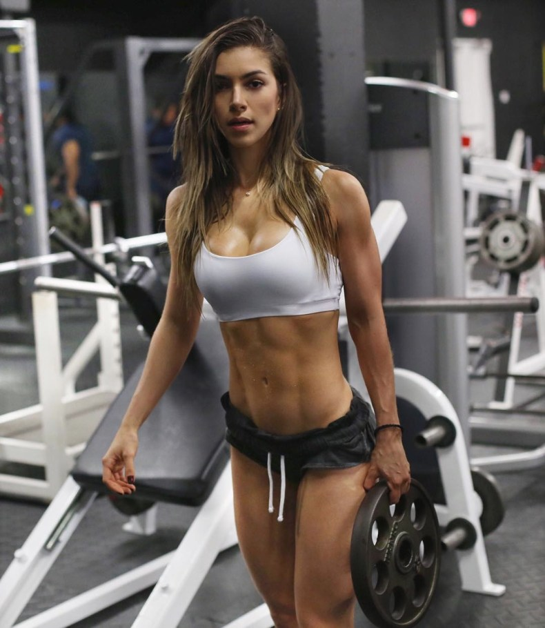 gabriela pugliesi, fitness model