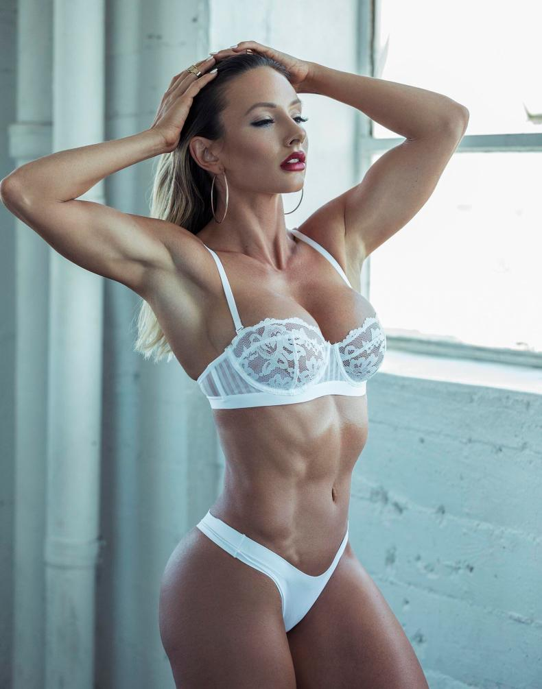 paige hathaway, fitness model
