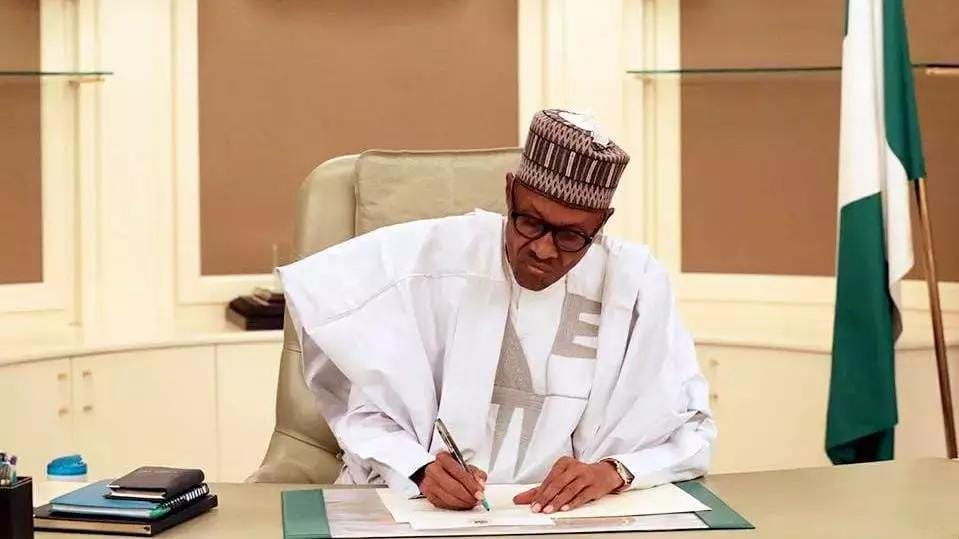 Nigerians react as Buhari says he has removed 5m Nigerians from extreme poverty