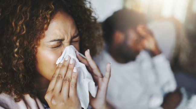 How to practice good coughing and sneezing etiquette