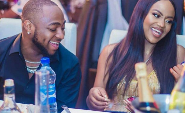 Nigerians react as Davido and Chioma unfollow each other on Instagram