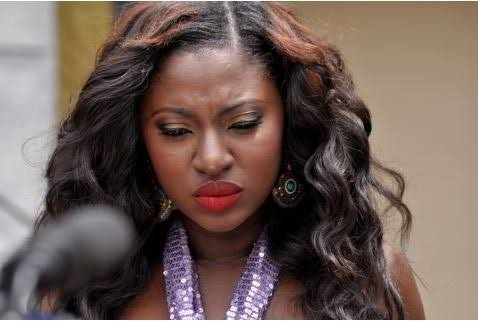 Actress Yvonne Jegede breaks down, says she can't deal with Self-isolation anymore