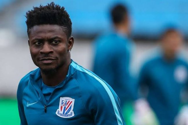 Obafemi Martins completes transfer to Chinese giants, replaces Odion Ighalo at Shanghai Shenhua