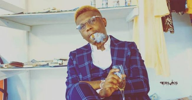 Singer Reminisce reveals why he stopped smoking (VIDEO)
