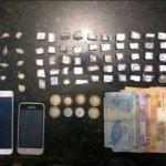 PM apreende crack e mais de 50 big bigs de maconha em Surubim