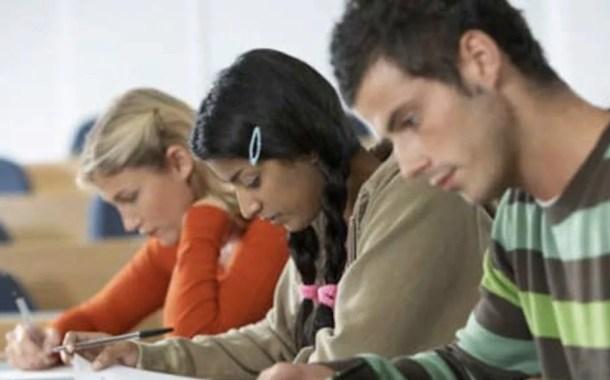 Resolução libera visto de trabalho para alunos universitários estrangeiros