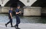 França prende homens por suspeitas de planejamento de ataque