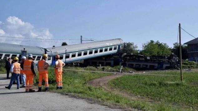 Acidente de trem deixa mortos eferidos na Itália