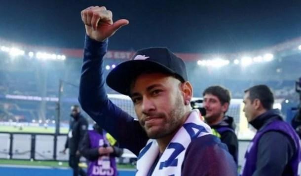 Neymar escreve carta em homenagem a adolescente assassinada na França