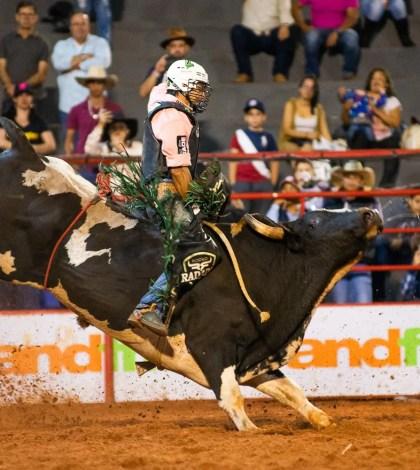 Rodeio-Prefeito de Sorocaba Rodeio-Rodrigo Manga Rodeio