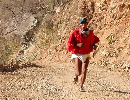 Risultati immagini per tarahumara popolo che corre