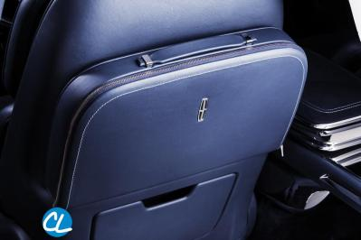 LincolnContinentalConcept_09_Detail_TravelCase