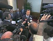 Franco Frattini durante la conferenza stampa