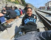 La protesta sui binari a Ventimiglia (Ansa)