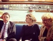 Il premier Renzi con il ministro Madia in vaporetto a Venezia (da Instagram)