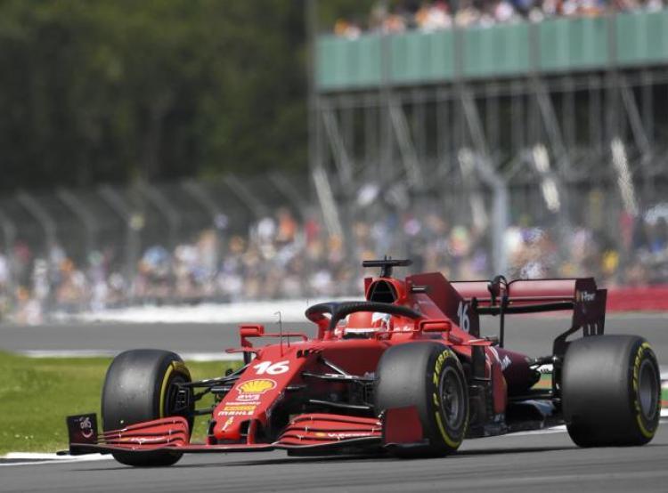 Formula 1, Silverstone: qualifiche. Hamilton parte primo nella Sprint Race,  Leclerc è quarto e Sainz 9°- Corriere.it